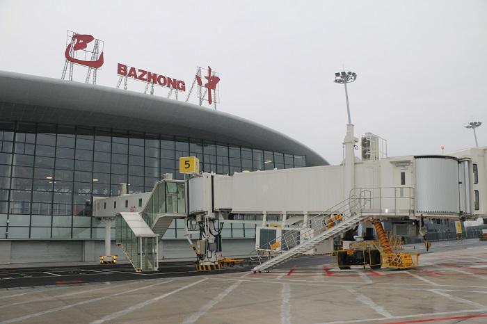 """380万老区人民的""""飞天梦""""即将实现 记者提前探访明日正式通航的巴中恩阳机场"""