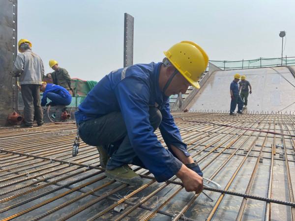 """恩阳:假期不停工 项目建设干出""""加速度"""""""