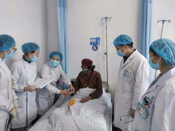 恩阳区人民医院肿瘤科护士长陈凤莲:用心呵护患者健康