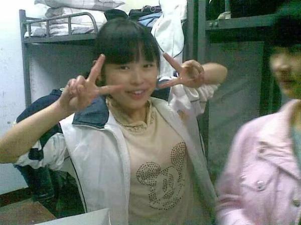 四川21岁研究生广西支教途中不幸遇难,家乡400余名群众自发为她送行